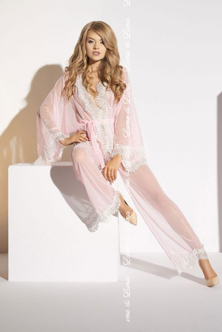 lume-di-luna-Ardea-set-with-peignoir-soft-pink