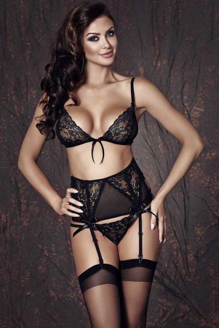 Anais-Sapphira-black-lingerie-set