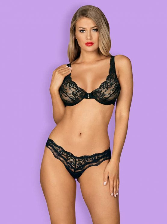 Obsessive-luvae-lacy-lingerie-set-of-bra-and-thong