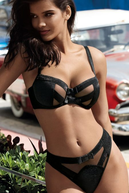 axami-V-8451-V-8453-V-8455-axami-bra-black-elegant-bra-and-black-knickers-thong