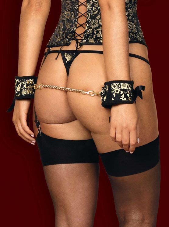 Obsessive-shelle-cuffs-back