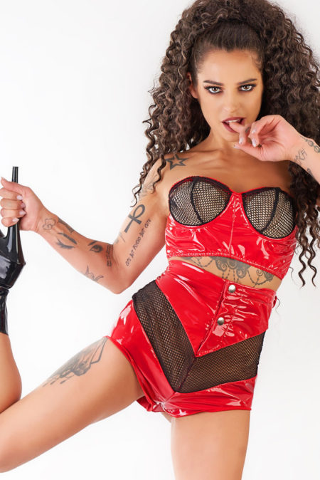 Me-seduce-erotic-outfits-Cali-sexy-red-set-red-top-kinky-shorts